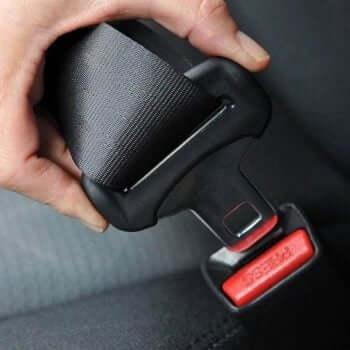 Usar o cinto de segurança no veículo evitaria uma alta porcentagem de mortes causadas por acidentes de trânsito