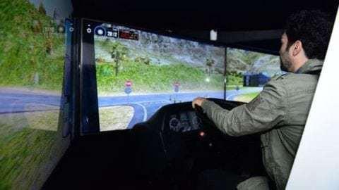 Simulador de direção do SEST SENAT