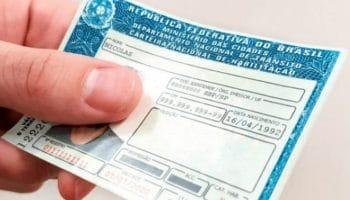 CNH passa a ter validade de até 10 anos para condutores com até 50 anos